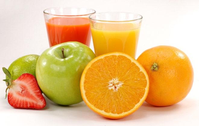 مصرف منظم آب میوه قند خون را بالا میبرد
