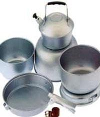 نگهداری مواد غذایی اسیدی در ظروف روی مناسب نیست