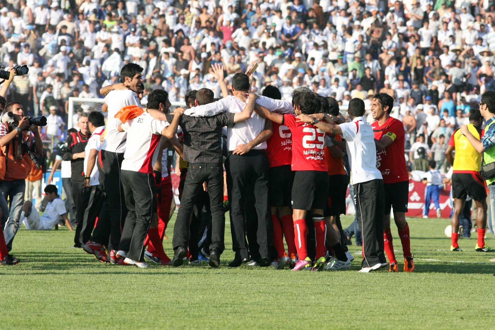 تصاویر جشن قهرمانی پرسپولیس در جام حذفی
