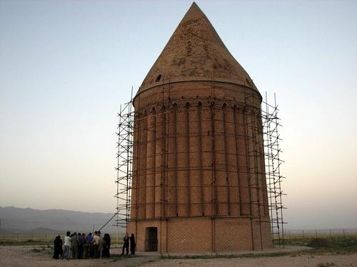 آشنایی با برج رادکان - خراسان رضوی