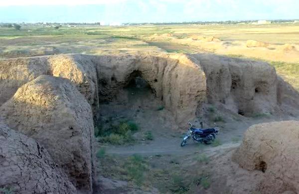 آشنایی با محوطه باستانی شادیاخ - خراسان رضوی