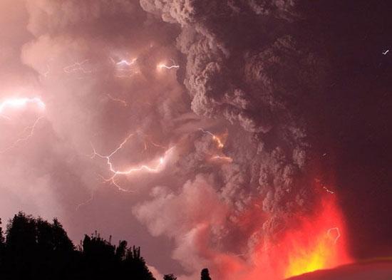 خاکسترهای آتشفشانی در شیلی به روایت تصویر