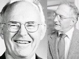سمت راست:باب نویس-سمت چپ:گوردون مور