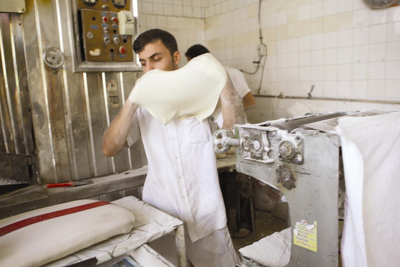 بازار نان؛ مردم ناراضی، مسئولان راضی