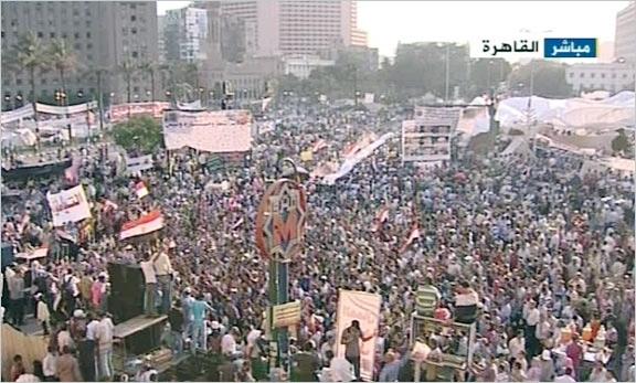 راهپیمایی مردم مصر بعد از اقامه نماز جمعه