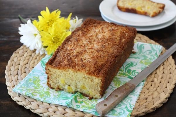آشنایی با روش تهیه نان آناناس و نارگیل