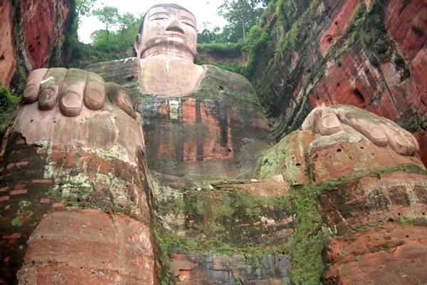 آشنایی با تندیس بودا در لیشان - چین