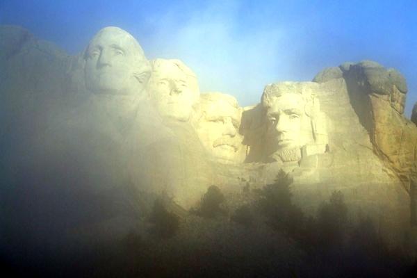آشنایی با یادبود ملی کوه راشمور - آمریکا