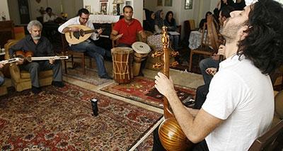 کنسرت گروه شمس و پورناظریها با قربانی