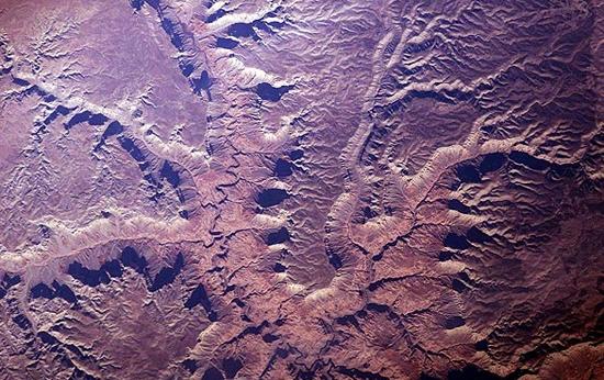 از ایستگاه بین المللی فضایی به نظاره زمین بنشینید