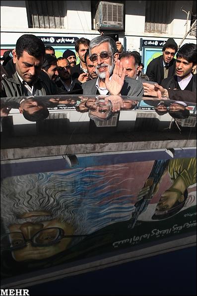 تصاویر تشییع و تدفین پیکر شهید مصطفی احمدی روشن