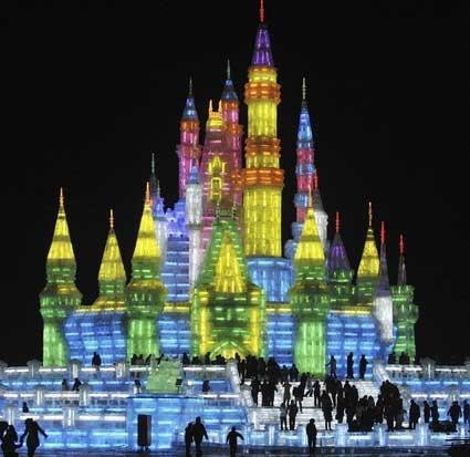 فستیوال مجسمههای یخ و برف
