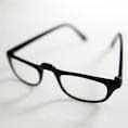 عینک خود را با دستمال کاغذی پاک نکنید