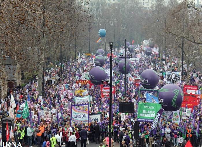 تظاهرات بزرگ مردم انگلیس علیه سیاست های ریاضت اقتصادی