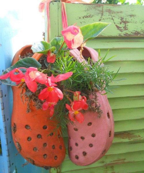 چطور کفشهای کهنه، گلدان میشوند؟