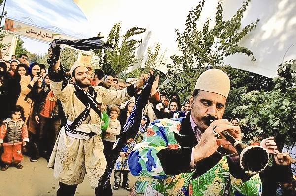 هفتههای فرهنگی استانها،  عاملی برای وحدت ملی و همگرایی