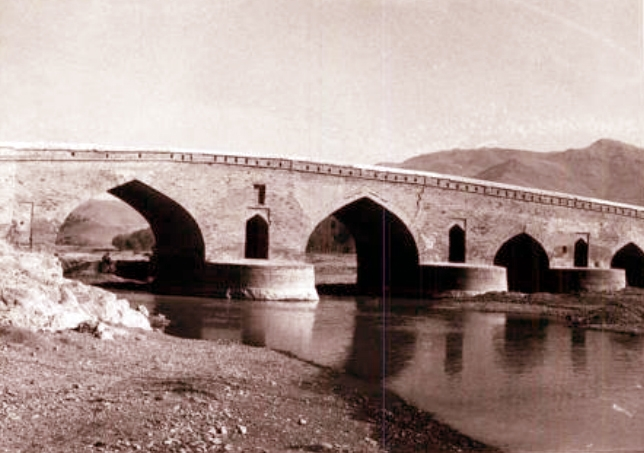 آشنایی با پل قشلاق - کردستان