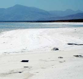 کسری 24 میلیارد متر مکعبی آب در دریاچه ارومیه