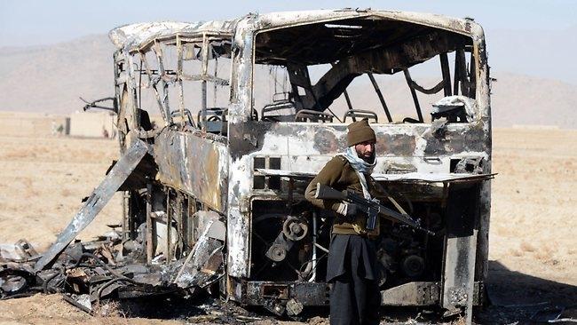 حمله به زائران پاکستانی عازم ایران 20 کشته برجا گذاشت