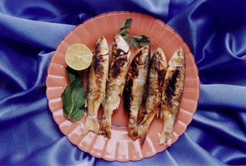 ماهى برشته ـ کباب ذغالى