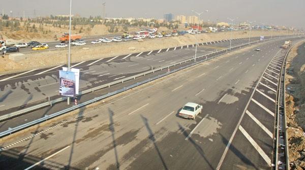 گشایش گره ترافیک جنوب تهران با افتتاح 10 کیلومتر از بزرگراه آزادگان