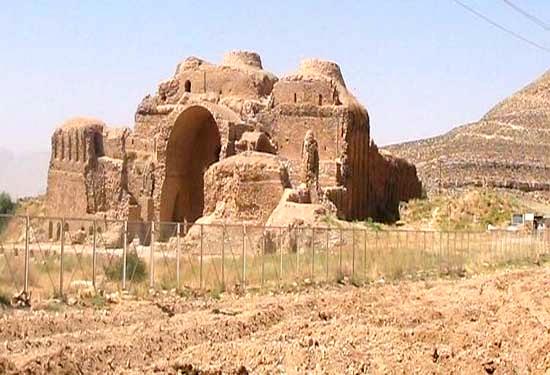آشنایی با آتشکده کرکویه - سیستان و بلوچستان