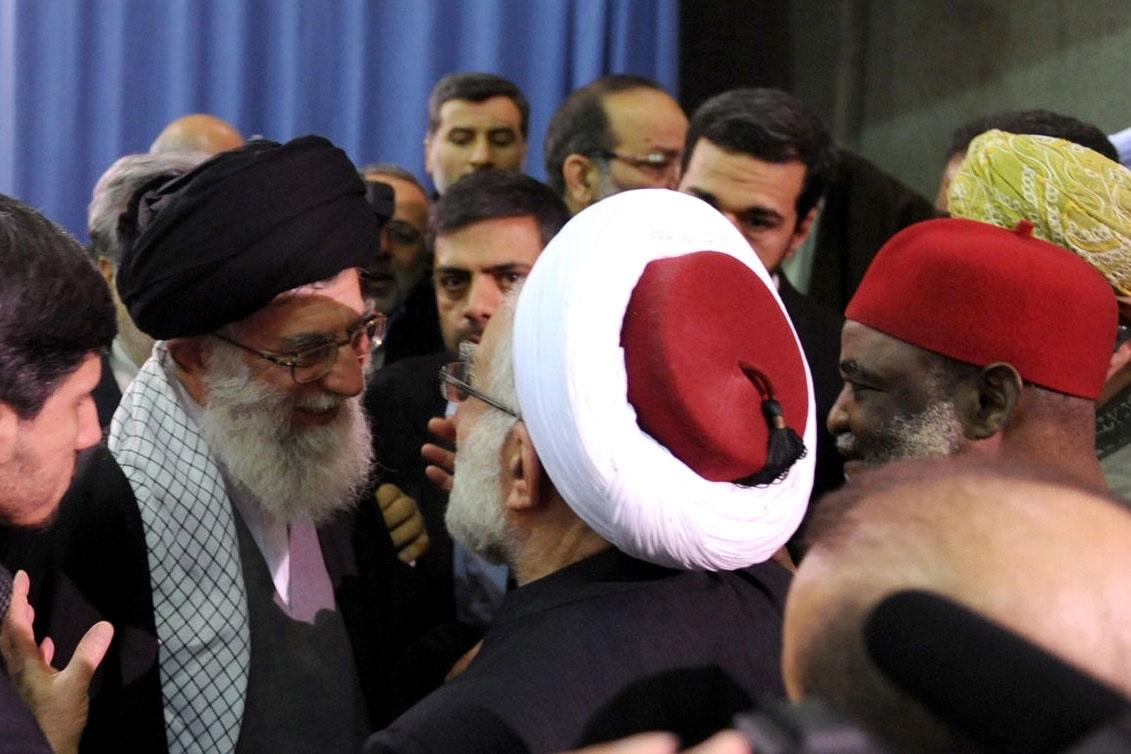 دیدار کارگزاران نظام و اعضای کنفرانس وحدت اسلامی با رهبر انقلاب