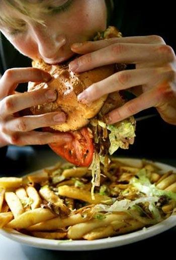 غذاهای پر کالری و افزایش قند خون