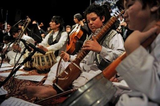 شوق بچههای افغان برای موسیقی