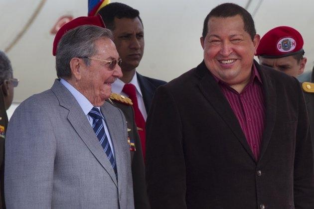 چاوز و رائول کاسترو
