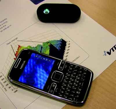 گوشی تلفن همراه به میکروسکوپ