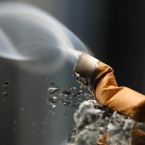 احتمال ابتلا به بیماری لثه با مصرف دخانیات 6 برابر میشود