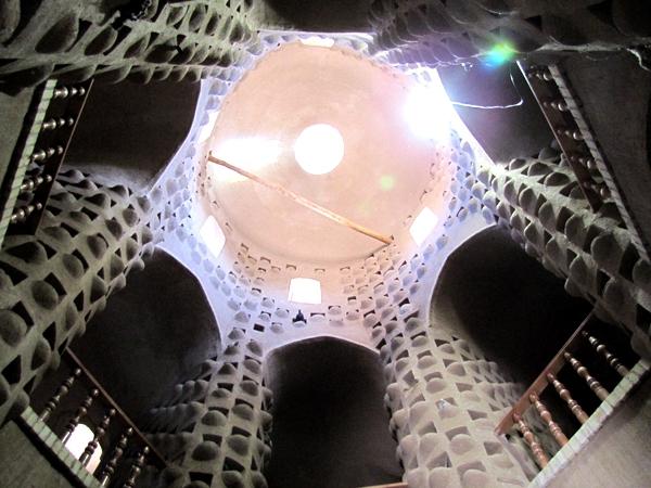 آشنایی با برج کبوترخانه میبد - یزد