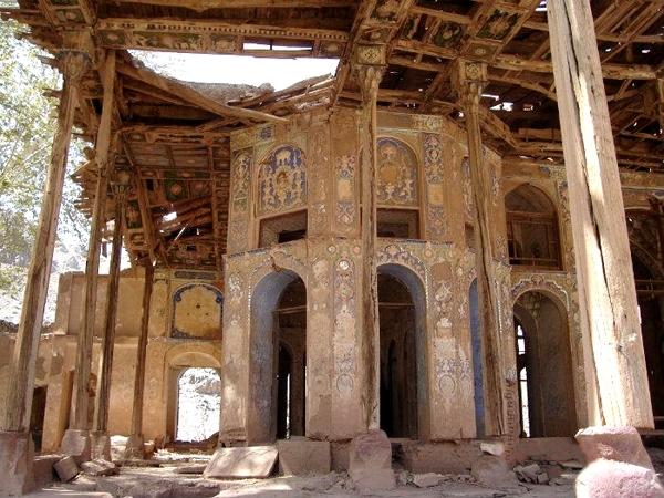 آشنایی با کوشک سرهنگآباد - اصفهان