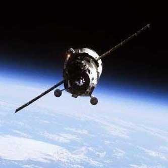 فضاپیمای روسی در گورستان فضاپیماها آرام گرفت