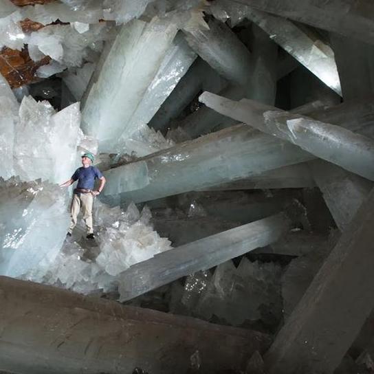 کریستالهای گچ