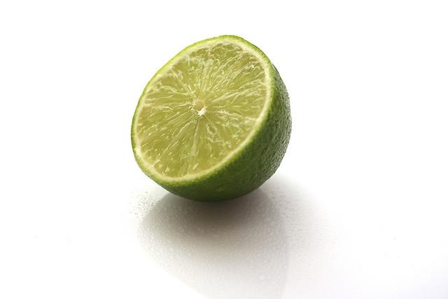 لیمو شیرازی