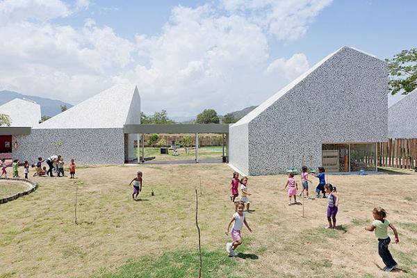 آشنایی با معماری مهدکودکی در کلمبیا