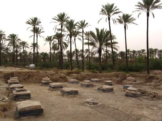 آشنایی با کاخ بردکسیاه - بوشهر