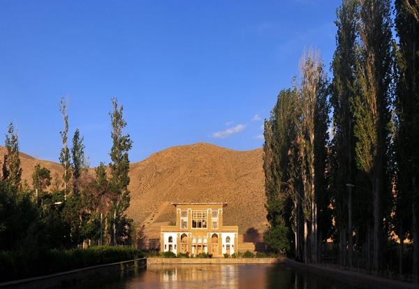 آشنایی با بنای تاریخی چشمه علی - سمنان