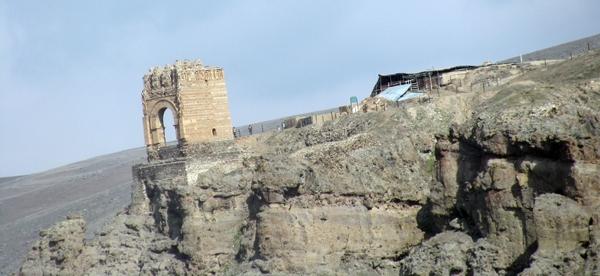 قلعه ضحاک