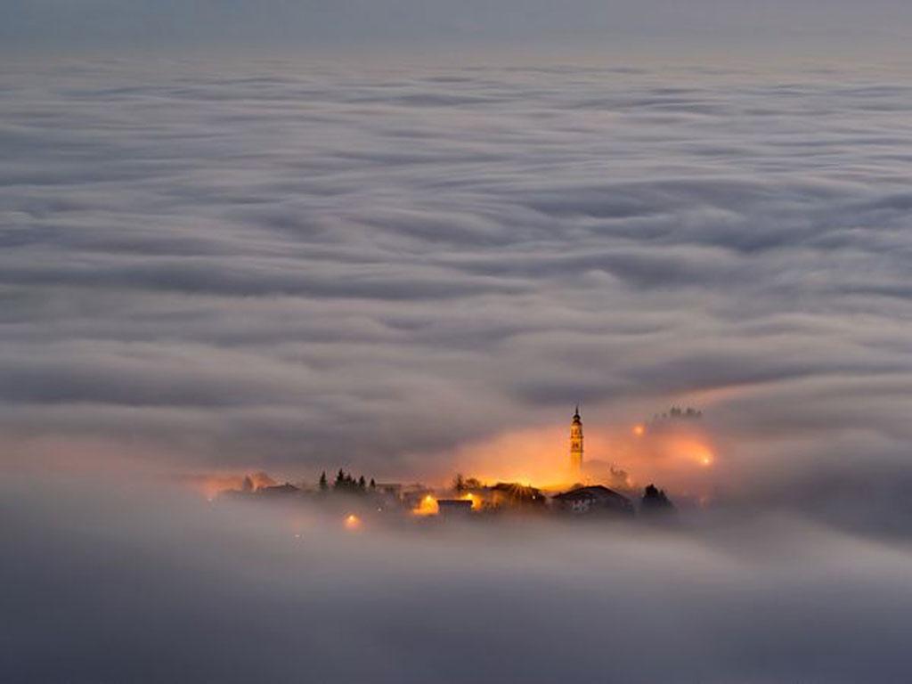 دانلود کنید: پوشیده در مه