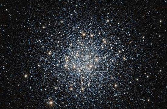 انبوهی ستاره در فاصله 17هزارسال نوری از زمین