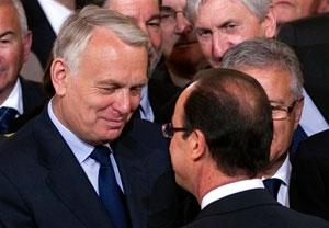 دولت جدید فرانسه کاهش حقوق را از خودش شروع کرد