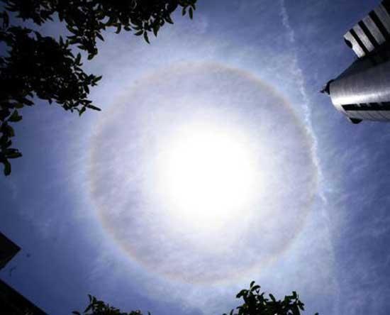 پدیده کمان یخی خورشید در چین