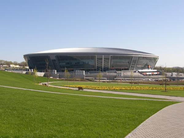 آشنایی با ورزشگاه دانباس آرنا - اوکراین