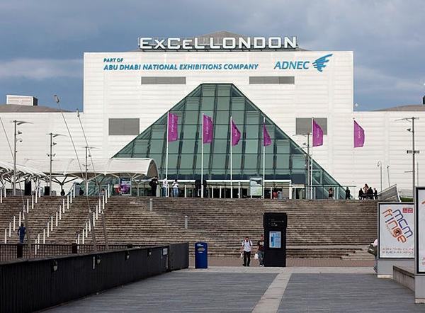 آشنایی با مجموعه اکسسل لندن - بریتانیا