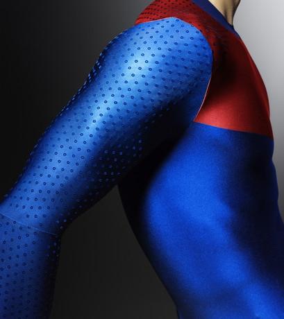 تصاویر: الهام از حفرههای توپ گلف برای لباس ویژه المپیک