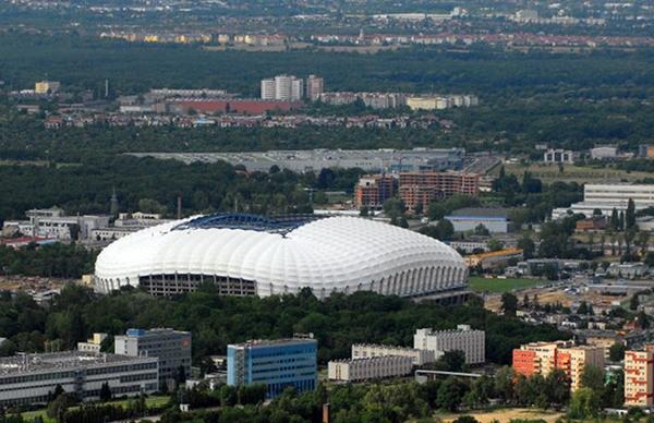 آشنایی با ورزشگاه میئجزسکی (پوزنان) - لهستان