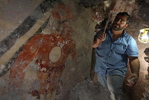archaeologist William Saturno of Boston University